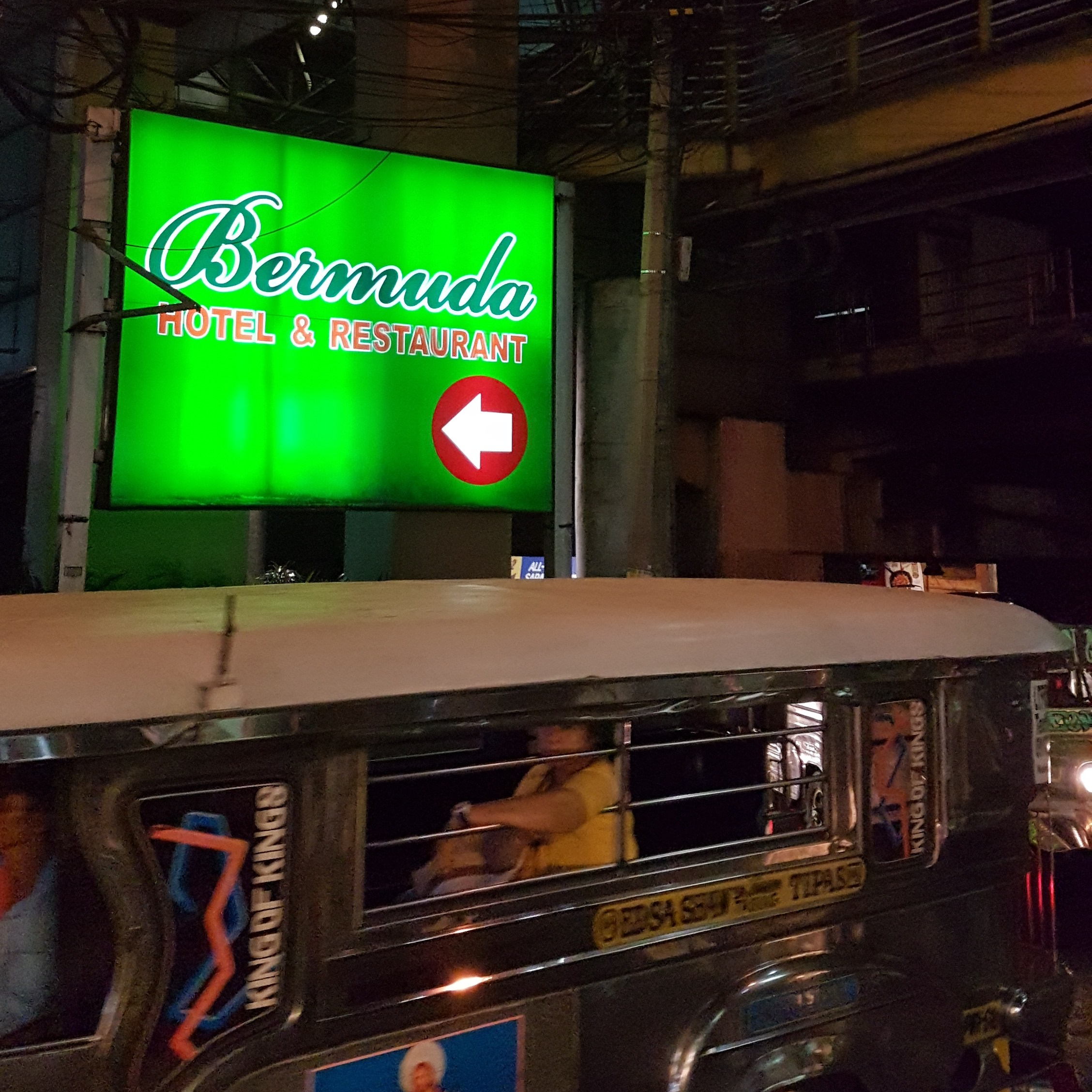 20170328_185311 bermuda sign